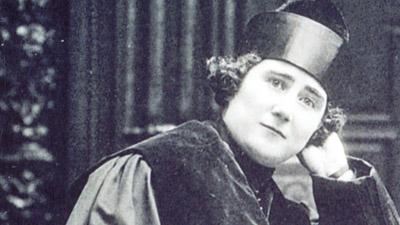Clara Campoamor 1red
