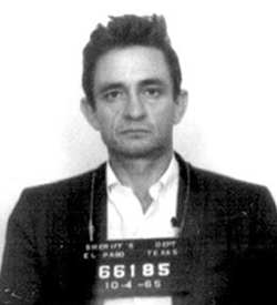 Johnny Cash culpable de hacer versiones